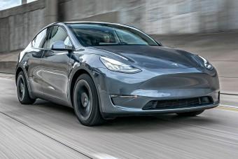 Már Európában is kapható a legújabb Tesla