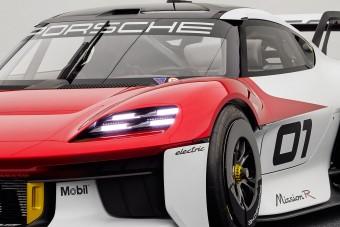 Ezer lóerős elektromos versenyautót mutatott be a Porsche
