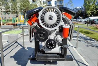 Dízelmotornak állítottak emlékművet Lengyelországban