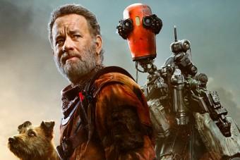 Tom Hanks új filmjében saját robottal kalandozik