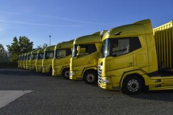 Kipróbáltuk a sokáig álcával közlekedő rejtélyes kamionokat