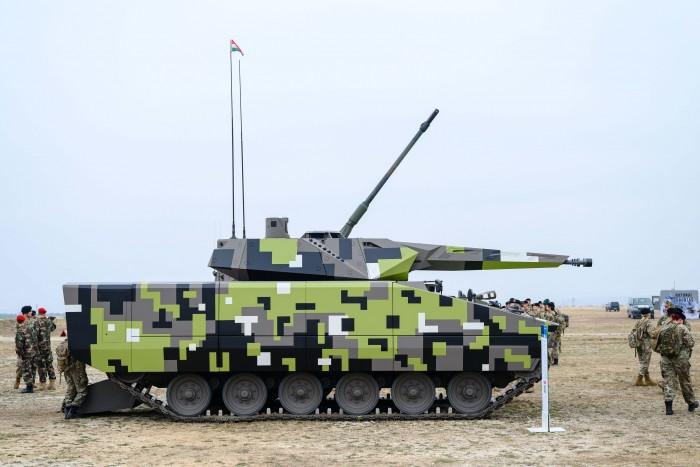 Látványosan akcióztak a Magyar Honvédség legdurvább harcjárművei 1