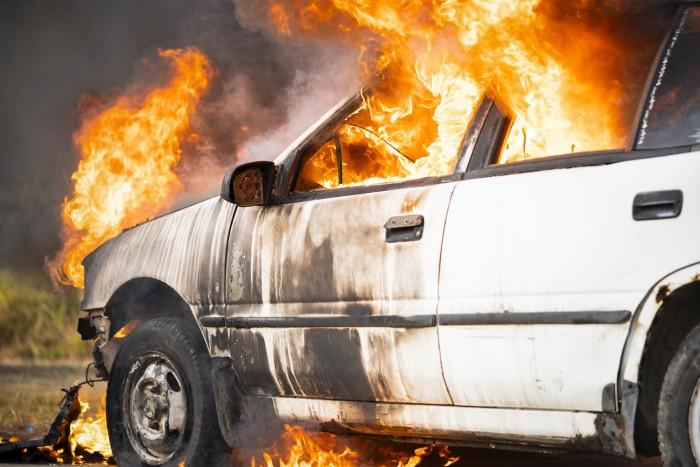 Ki fizeti a kárt, ha más miatt égett ki az autóm? 2