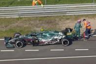 F1: Hamilton alatt tönkrement a Merci, a Ferrari az élen 1