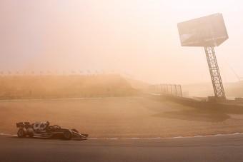 F1: Túl gyors volt, úgy kellett visszafogni a pilótát