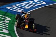 F1: Túl gyors volt, úgy kellett visszafogni a pilótát 1