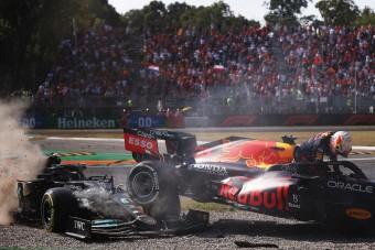 F1: Ricciardo nyert Monzában, Verstappen és Hamilton kiesett