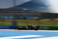 F1: Eldőlt, Verstappen a mezőny végéről indul 1
