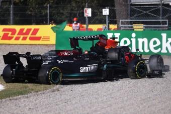 F1: Így ütközött Verstappen és Hamilton – videó