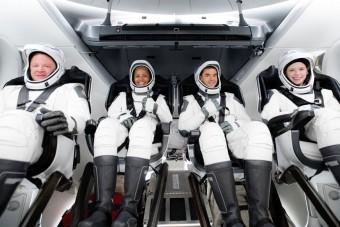 Eddig tökéletes az űrtaxi, a SpaceX civileket szállító egysége Föld körüli pályára állt
