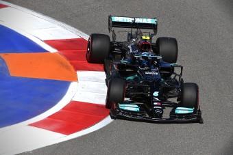 F1: Kitálalt a Mercedesről Bottas