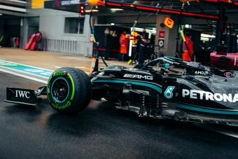 F1: Nem hibázott a Merci az elbaltázott időmérőn