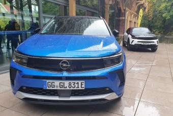 Friss SUV-okkal és régi Astrával támadna fel az Opel