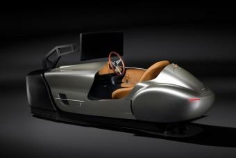 Legendás autótervező épített szimulátort