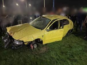 Mondhatni olcsón megúszta a Kaposváron száguldozó, majd balesetező seatos