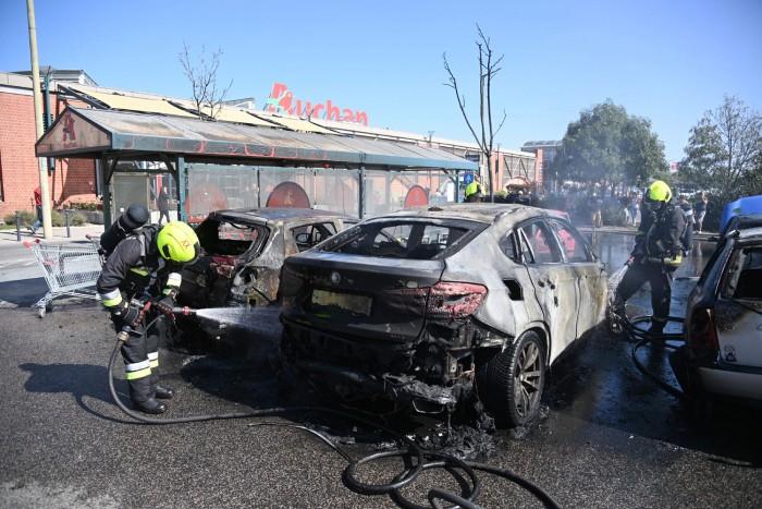 Ki fizeti a kárt, ha más miatt égett ki az autóm? 4