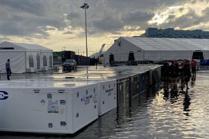 Víz lepte el az orosz F1-es pályát