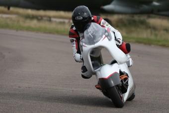 Egy lyukas motorkerékpár lehet a leggyorsabb a világon