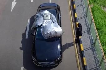 Ha James Bond lennék, ilyen autótakaró ponyvát vennék