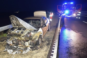 Vett egy használt autót Budapesten, már hazafelé kigyulladt