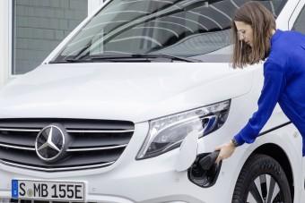 Kisebb akkut kap a Mercedes villanybusza