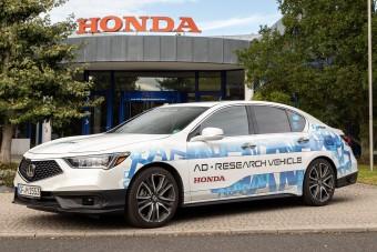 Európában teszteli robotautóit a Honda