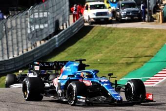 F1: Alonso megint kiakadt a stewardok miatt