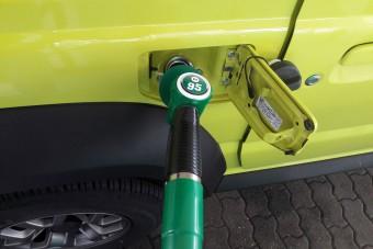 Még idén 550 forintig drágulhat a benzin