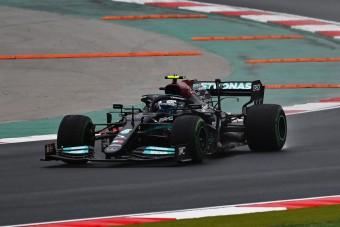 F1: Bottas megtanult vízen járni és győzött