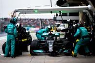 F1: Hamilton újabb rajtbüntetést kaphat 2