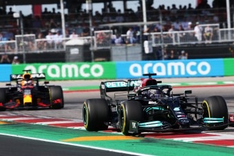 F1: Nem nyugszik a Red Bull, megint bepanaszolták a Mercit