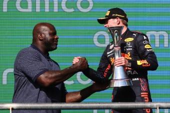 Az óriáskosaras ellopta a show-t az F1-ben