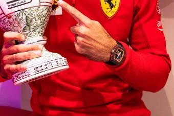 F1: Különleges magyar ajándékot kapott a Ferrari