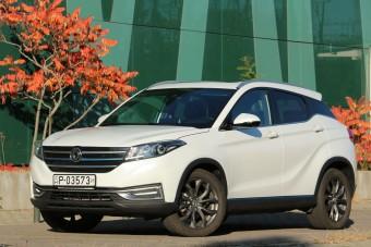 Magyar utakon teszteltük a nem olcsó kínai autót