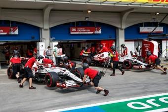 Surranópályán jöhet az új F1-es pilóta