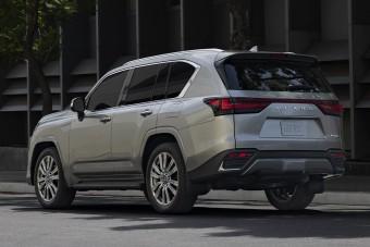 Könnyebb, finomabb, ütőképesebb a Lexus LX
