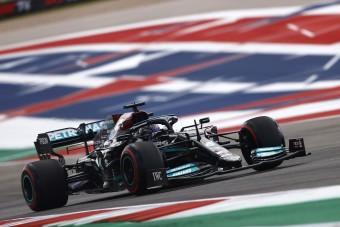 F1: Magyarázkodik a Mercedes a problémák miatt