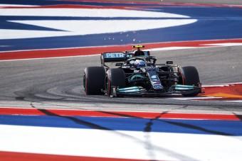 F1: Félelmetesen zseniális a Mercedes új trükkje