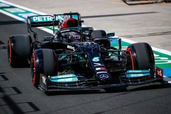 F1: Hamilton büntetése után Bottasé a török pole