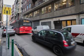 Újfajta közlekedési táblák jelentek meg Budapesten