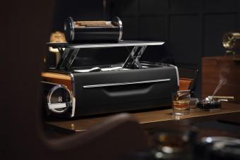 A Rolls-Royce megmutatja, mi kell a stílusos szivarozáshoz