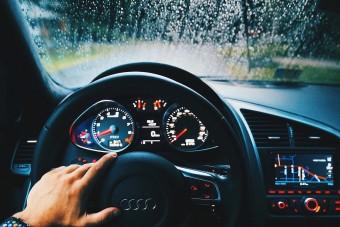 Tudod, miért nyírja ki olyan hamar a klíma a párát az autóban?