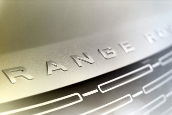 Érkezik a vadonatúj Range Rover