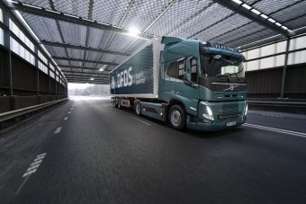 Kelendő a legújabb Volvo teherautó