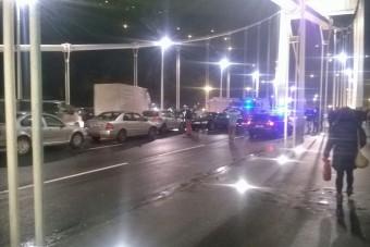 Hatalmas baleset az Erzsébet hídon